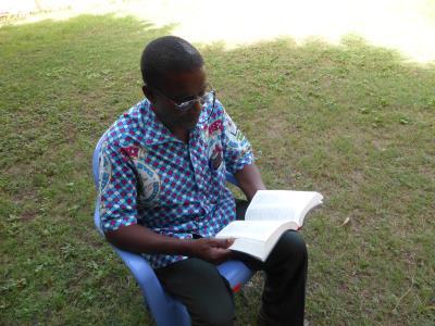 Lecture de la bible 03 400 x 300.jpg